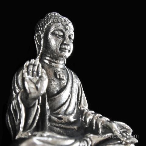 Buddha Brass deity statuette