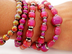 Original and Hot Pink thermo-sensitive color changing Mirage Bead stretch bracelets
