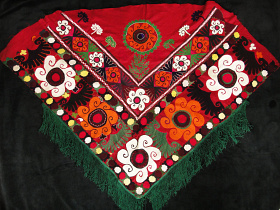 Traditional embroidered Saye Gosha textile from Central Asia