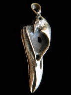 Quality cast gold-tone solid bronze XL Raven Skull Pendant