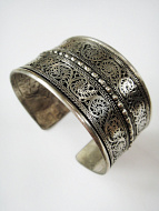 handcrafted silver toned brass filagree cuff