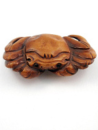 handcarved boxwood netsuke of crab