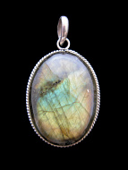 Sterling silver pendant featuring labradorite stone