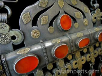 closeup detail of Antique Turkoman Necklace