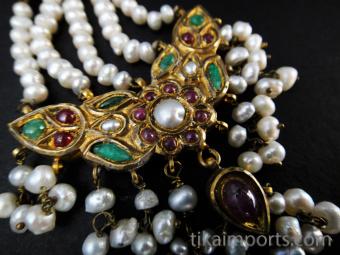Reversible vintage gold earrings from Pakistan