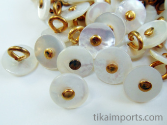 100 pieces of White & Gold-tone Victorian shell boot-buttons, made in pre-1920's in Muscatine, Iowa