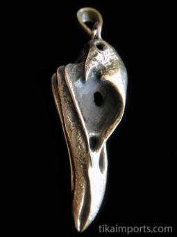 Quality cast gold-tone solid bronze XL Raven Skull Pendant