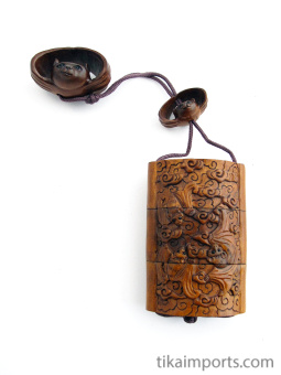Small inro box with carved bats, showing reverse side