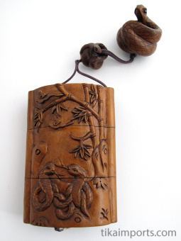 handcarved boxwood Inro box with cobra snakes and three compartments