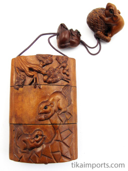 handcarved boxwood Inro box with squirrels at play