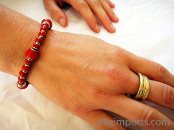 Color changing Hot Pink Mirage bracelet at its coolest brick-red color