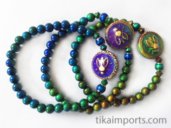 color-changing Micro Mirage Bead stretch bracelet with Honey-Bee center bead