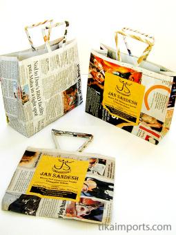 an assortment of small Jan Sandesh Newspaper Gift Bags