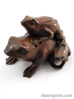 handcarved boxwood netsuke of three frogs