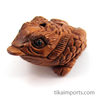 handcarved boxwood ojime bead of Prosperity frog