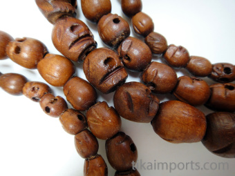 size ranges included in 10pc assortments of tiny, small and original wood skull mala