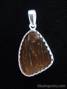 reverse of small pendant