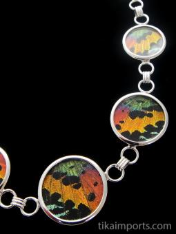 closeup of Rainbow Sunset necklace