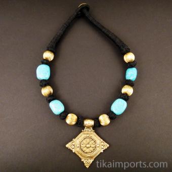Naga Style Black & Brass Necklace ~ Diamond