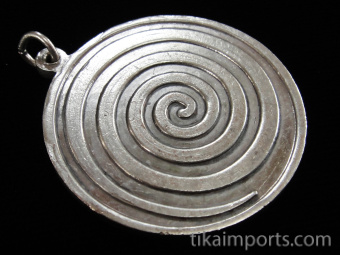silver-toned brass pendant featuring the 12 signs of the Western Astrological zodiac