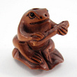handcarved boxwood frog with flute ojime bead